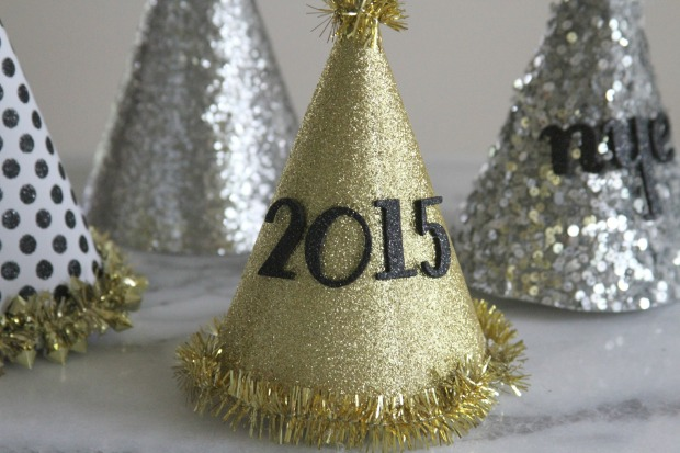 DIY-Party-Hats-New-Years-Eve-Ideas